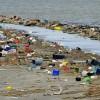 Plástico y cigarros son la principal basura en las playas del país