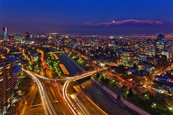 Santiago_de_Chile_de_noche-14