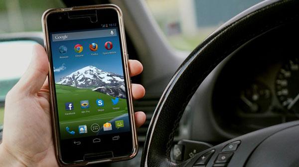 smartphone-auto-0417